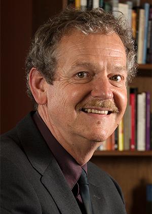 院长:菲利普·克莱顿教授